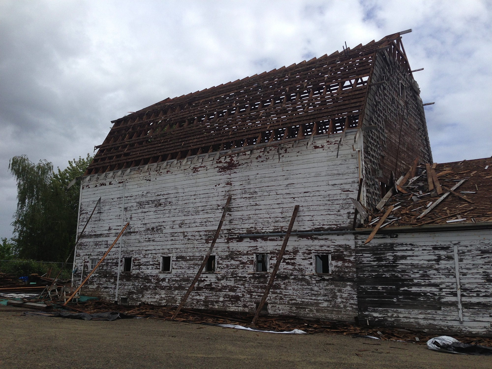 Riverside_Barn_reclaimed