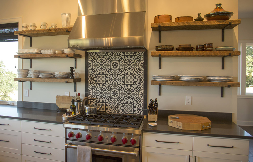 Morris-design-farmhouse-Kitchen